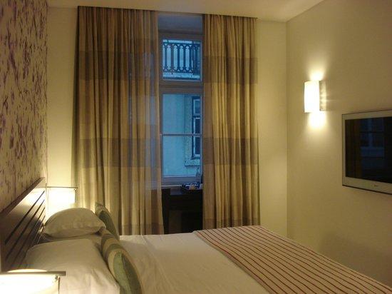 Internacional Design Hotel: quarto