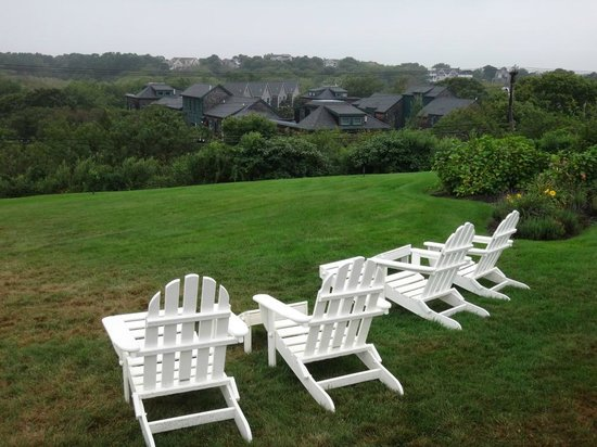 The Seaglass Inn & Spa: Hotel grounds