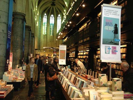 Bookstore Dominicanen: de boekwinkel