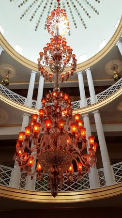 Sahara Palace Marrakech: Chandelier