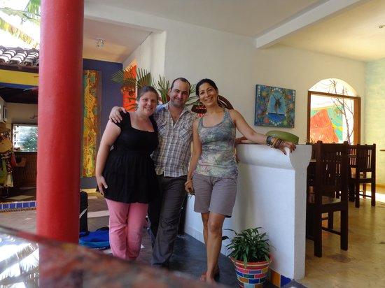 Aos Sinos dos Anjos - Art Hotel: Con Luzia