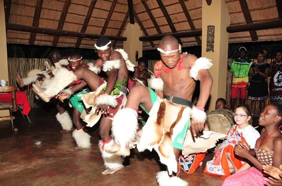 Royal Kruger Lodge: Fabulous entertainment provide by RKL staff
