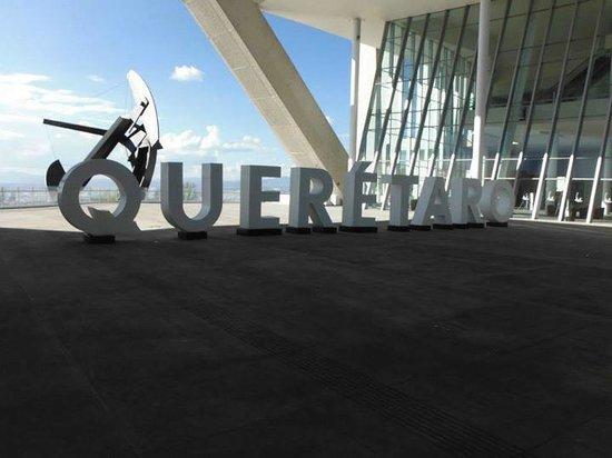 Centro de congresos y convenciones Queretaro: lobby