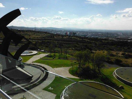 Centro de congresos y convenciones Queretaro: vista de Queretaro