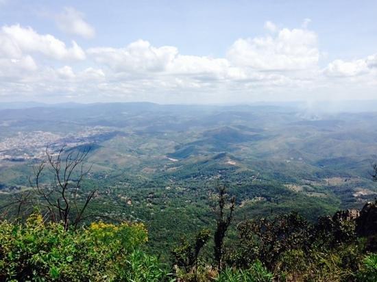 Serra Da Moeda: mar de minas