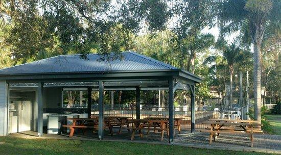 Ingenia Holidays Lake Macquarie: Camp Kitchen