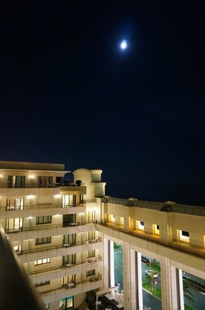 Hyatt Regency Nice Palais de la Mediterranee: Night sky from our balcony