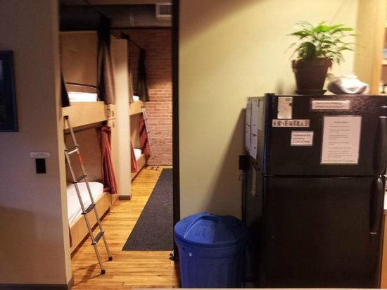 Sweet Peas Hostel : Another type of the sleepy arrangement offered