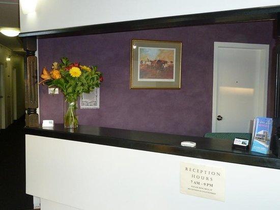 East Port Motor Inn: Reception