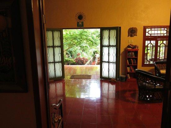 Casa Hamaca Guesthouse: Entrance of Casa Hamaca