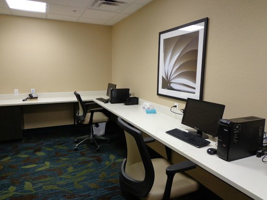 Candlewood Suites: Research Or Take Care Of Business With Our Fast Free Wifi In Our Business Center