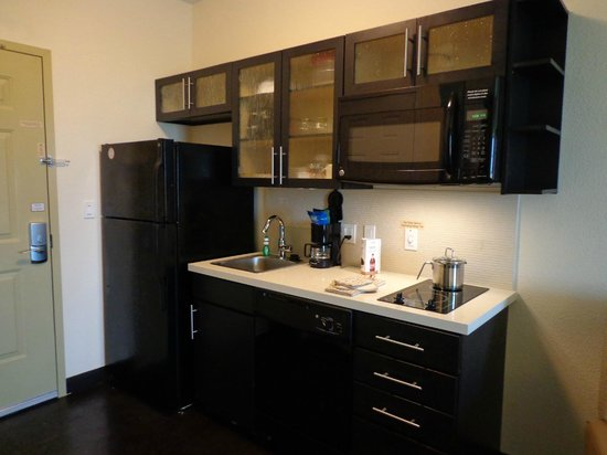 Candlewood Suites: Make Yourself Breakfast, Lunch, And Dinner In Your Room Anytime You Want