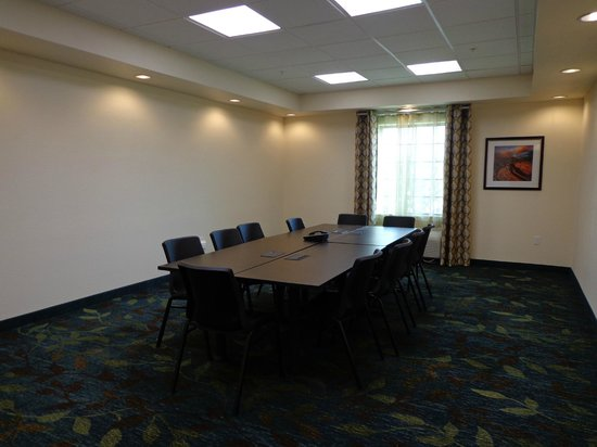Candlewood Suites: Have A Productive Meeting In Our Conference Room