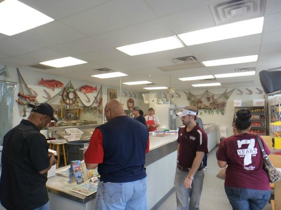 Desporte & Sons Seafood Inc. : the fish market...