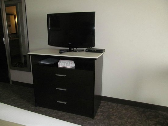 Holiday Inn Express Augusta North: tv