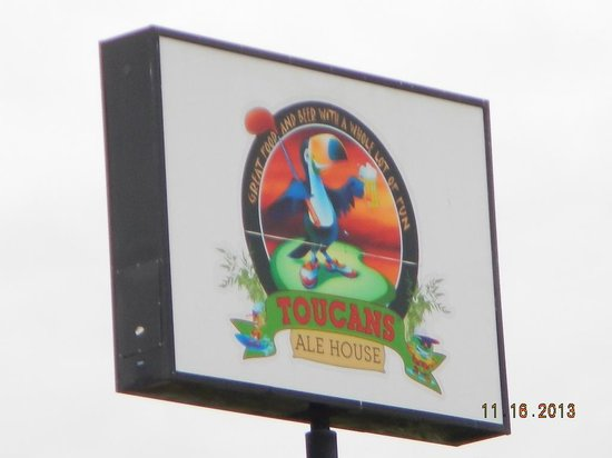 Toucans Ale House: road sign