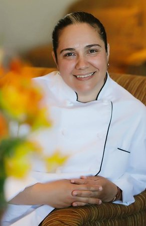 Gowlland Harbour Resort Dining Room : Chef Mariana