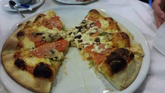 Aegean: Greek Pizza - delicious!