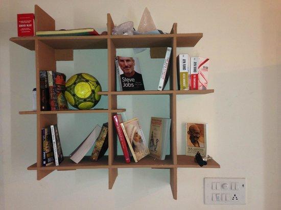 Zostel Jaipur: Boom Shelf