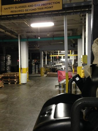 Great Lakes Brewing Company : Beer bottling area
