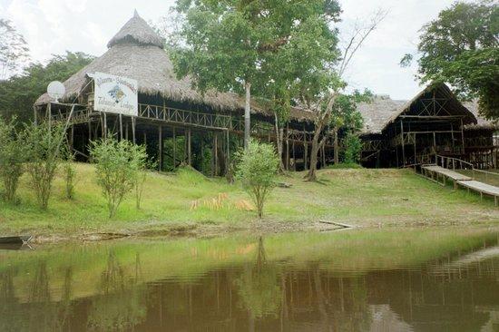 "Amazonia Expeditions' Tahuayo Lodge: ""Tahuayo Lodge"""