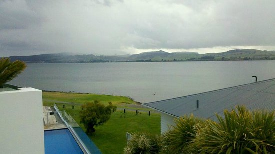 Waimahana Luxury Lakeside Apartments : View across the lake from the balcony