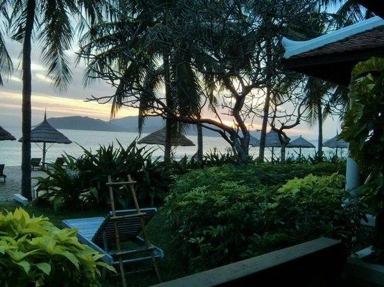 Evason Ana Mandara Nha Trang: Enjoying the sunrise from our suite's porch.