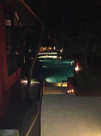 Escape Hua Hin Hotel: Pool View at Night