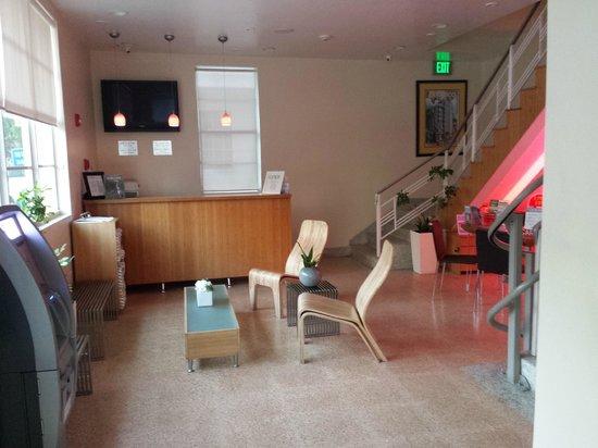 Found Places Clifton Hotel South Beach: Lobby