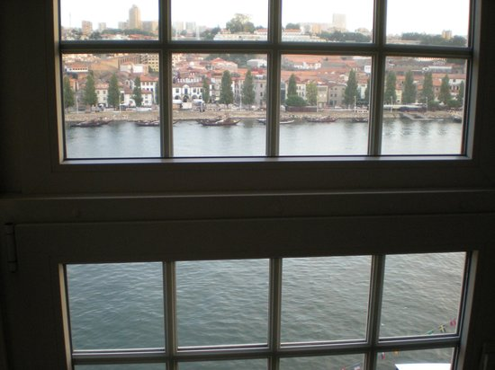 Pestana Vintage Porto : river view from room