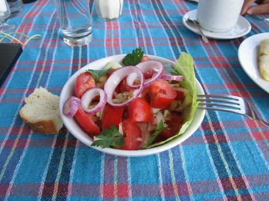 Hotel Jezero: салатик