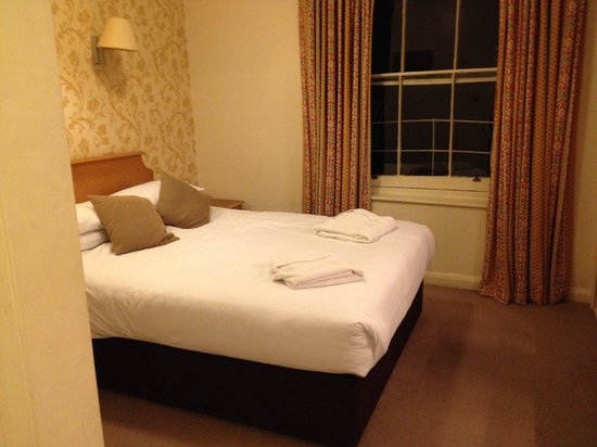 Umi London: VERY comfortable bed!