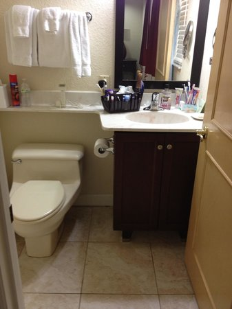 Wyndham Sea Gardens : Master ONE-HALF bath