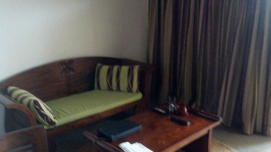 Le Petit Hotel: Sitting area