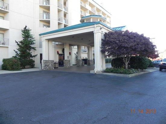 Music Road Resort Hotel: entrance