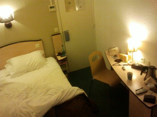 Kyriad Paris - Clichy Centre : Doppelzimmer?