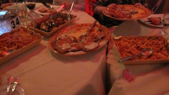 Nido Italia: tons of food