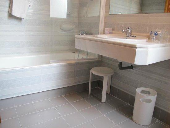 Hotel Comfort Dauro 2: Bathroom