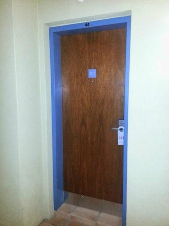 Mercure Gold Coast Resort : Door