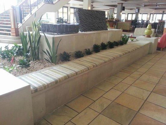Mercure Gold Coast Resort: Waiting