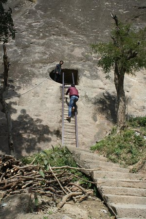 Mukteshwar Temple: Turists need to make sure that they don't enter the caves with shoes