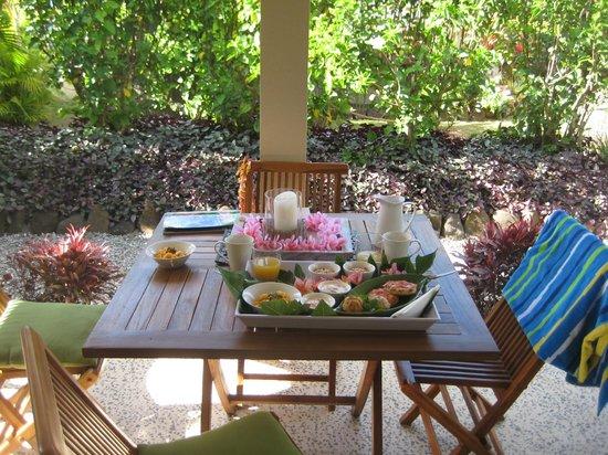 Makayla Palms: Complimentary breakfast
