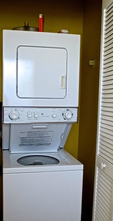 Villas at Fortune Place : Washer and Dryer