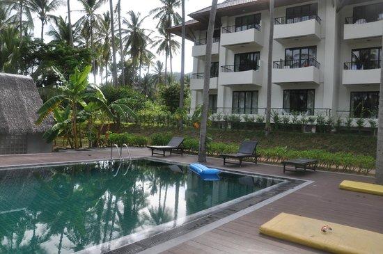Coconut Beach Resort : Вид на отель....