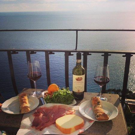 Hotel Villa Franca: Lunch at the balcony