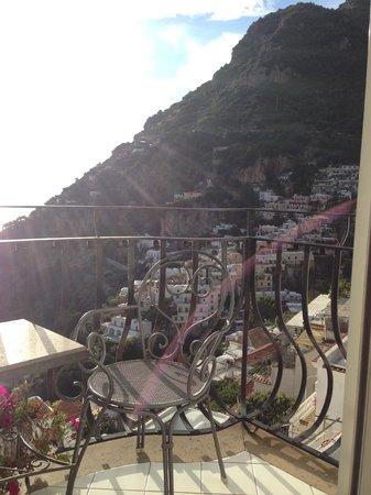Hotel Villa Franca: View from balcony over Positano
