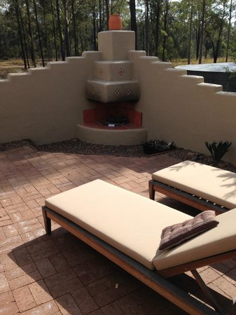Casa La Vina: Private outdoor open fireplace complete with wood