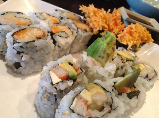 Brampton roll, snow crab & crunchy roll - Picture of Tokyo ...