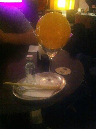 Mandarin Oriental, Prague : Le cocktail Martini mangue à l'azote