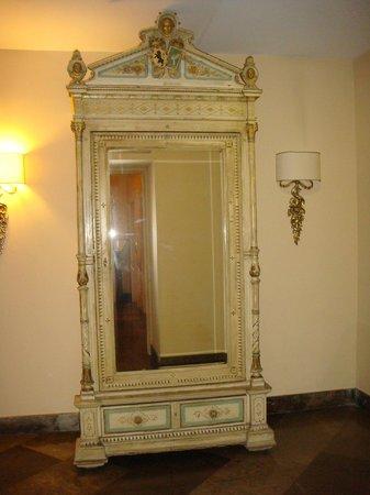 Villa Del Bosco Hotel : холл